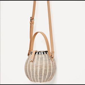Zara Bags - ZARA Woven Raffia Bucket Bag